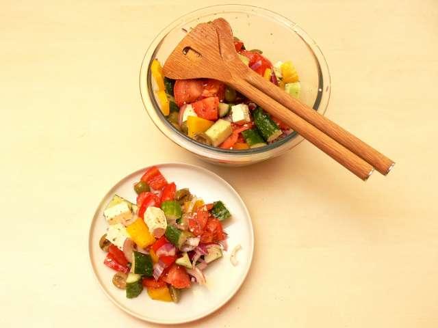 Grieķu salāti